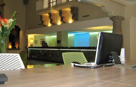 Lobby Holiday Inn GUADALAJARA EXPO