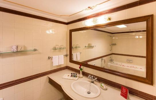 Bathroom Shiv Niwas Palace by HRH Group of Hotels