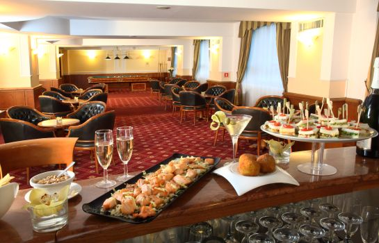 Bar del hotel Starhotels Business Palace