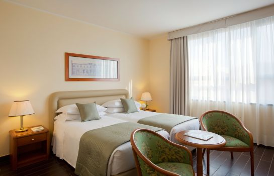 Double room (superior) Starhotels Business Palace
