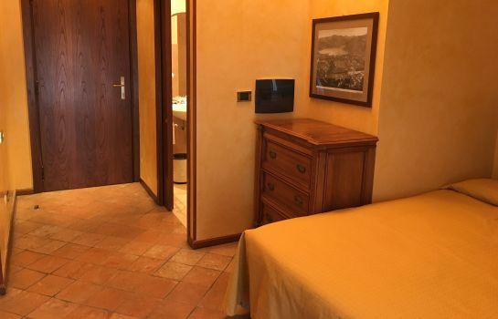 Single room (standard) Le Due Corti