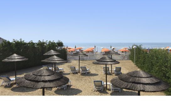 Strand Gallia Hotel & Resort 4* superior
