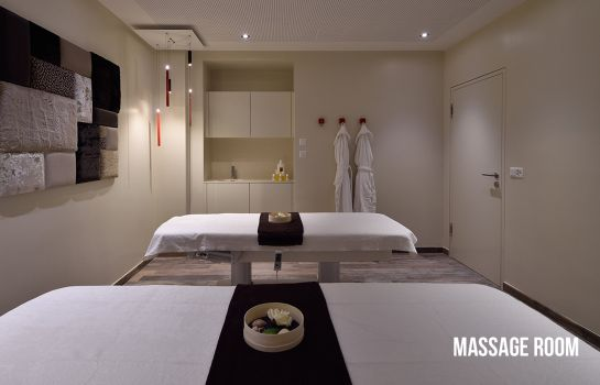 Massage room Grand Hotel Les Endroits