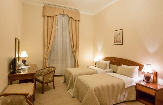 Double room (standard) Budapest Hotel