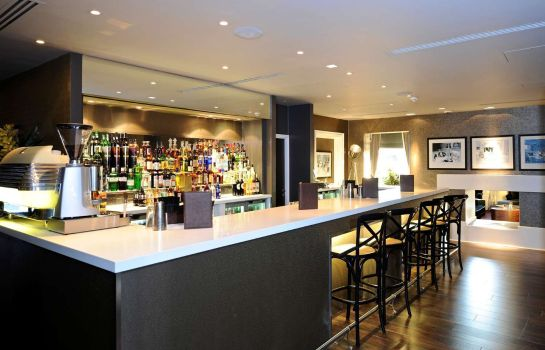 Hotel bar DoubleTree by Hilton Hotel - Spa Chester