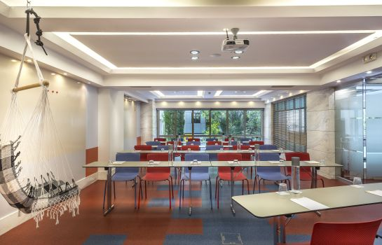 Meeting room Airotel Alexandros