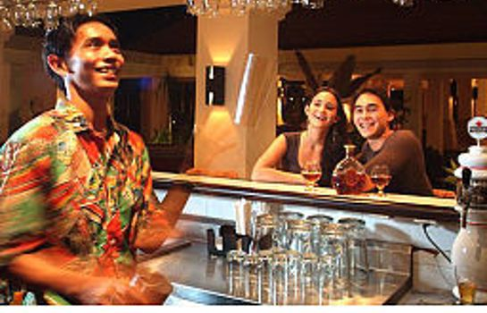 Bar hotelowy Mercure Manado Tateli Beach Resort