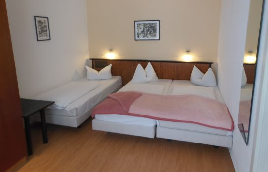 Triple room Stadt Hamburg Brocki´s Hotel