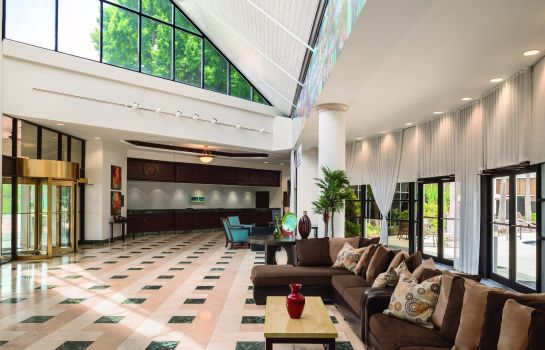 Hall Park Inn by Radisson Resort and Conference Orlando