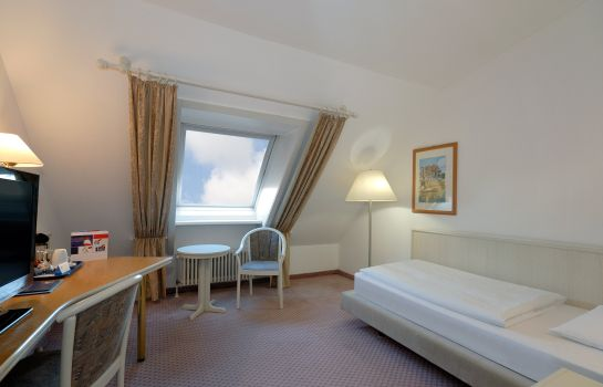 Single room (standard) Hotel Stuttgart Sindelfingen City by Tulip Inn