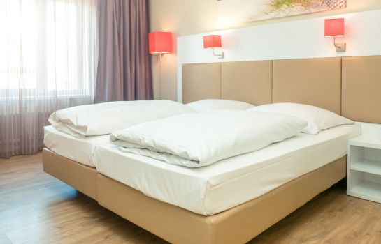 Double room (standard) Hotel Stuttgart Sindelfingen City by Tulip Inn