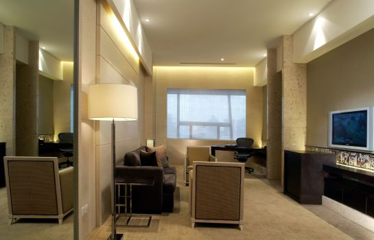 Suite Regal Shanghai East Asia