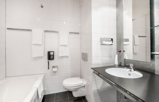 Bagno in camera Select Hotel Apple Park Maastricht