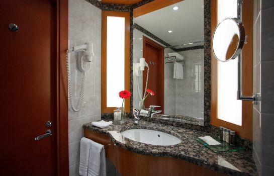 Bathroom AZIMUT Moscow Olympic Hotel