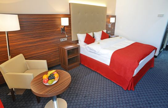 Single room (superior) Messehotel Europe