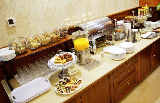 Breakfast buffet Gold Wine&Dine
