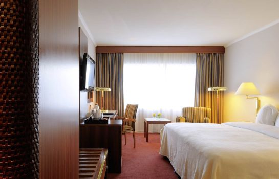 Double room (standard) Radisson Blu Hotel Manchester Airport