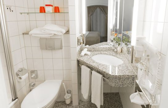 Bagno in camera Dormero Hotel Dresden City