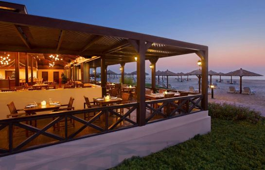 Restaurant Hilton Al Hamra Beach Golf Resort