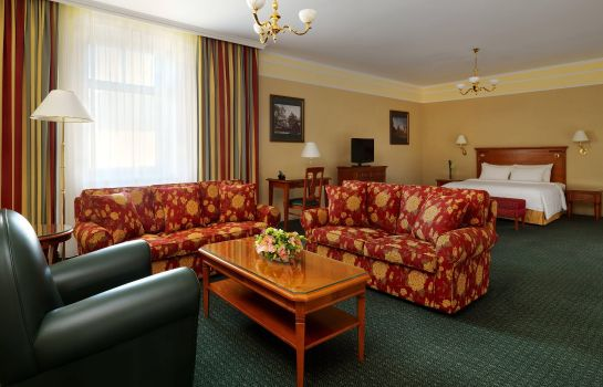 Suite Moscow Marriott Grand Hotel