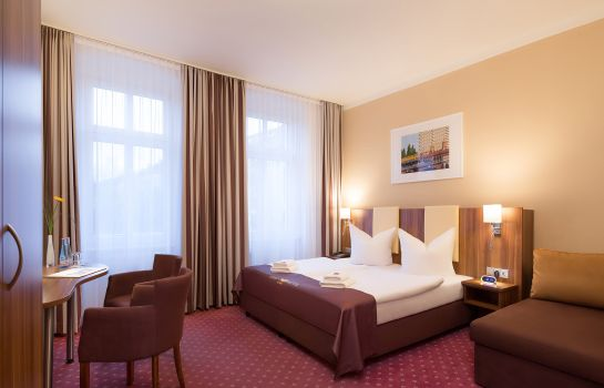 Triple room Gold Hotel