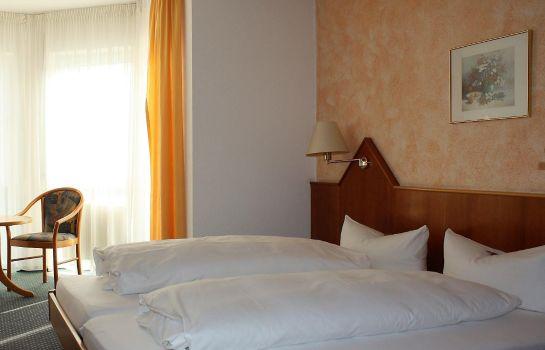 Hotel Schone Aussicht Wettenberg Launsbach Great Prices At