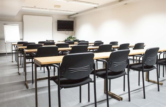 Conference room Airport Hotel Pilotti