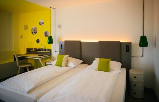 Double room (superior) Vienna House Easy Trier
