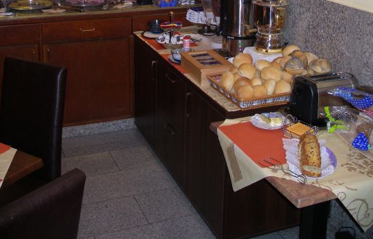 Breakfast buffet Elbe Garni
