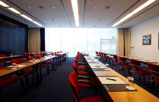 Conference room IntercityHotel Frankfurt Airport
