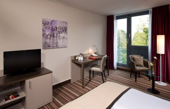 Single room (standard) Leonardo Hotel Hannover Airport