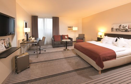 Double room (superior) Leonardo Hotel Hannover Airport