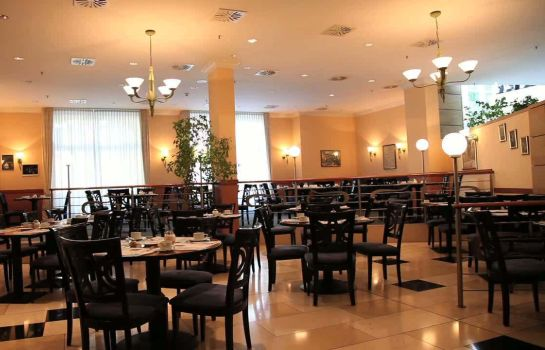 Breakfast room Quality Hotel Plaza Dresden
