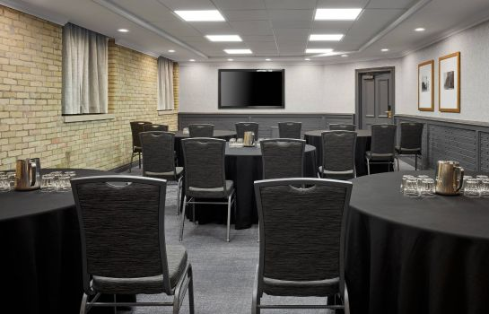 Sala de reuniones Delta Hotels London Armouries