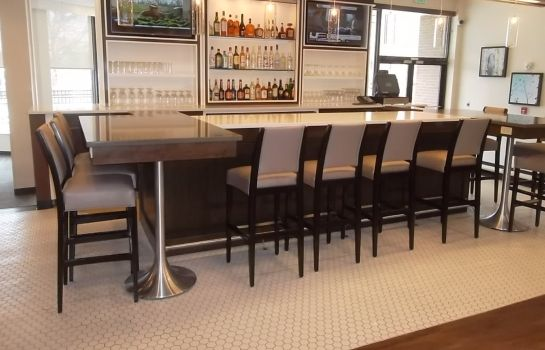 Hotel bar Holiday Inn GREENSBORO COLISEUM
