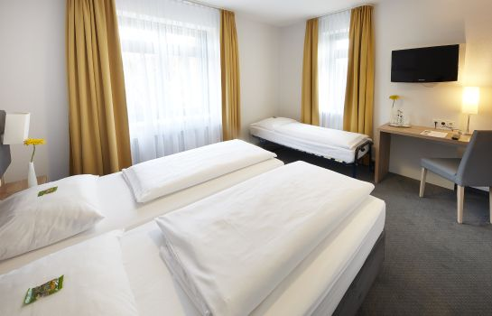 Triple room GHOTEL hotel & living Hannover