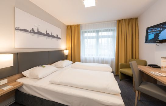 Double room (standard) GHOTEL hotel & living Hannover