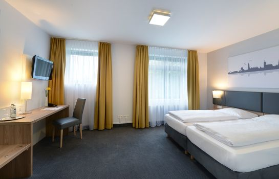 Double room (superior) GHOTEL hotel & living Hannover