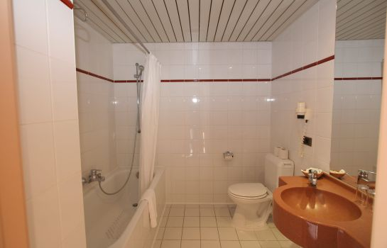 Bathroom Aris Grand Place Hotel