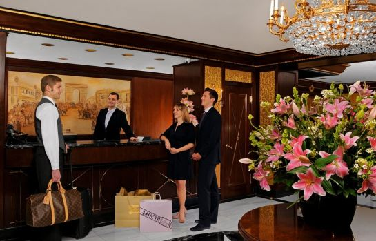 Hall HOTEL ELYSEE A MEMBER OF LHC