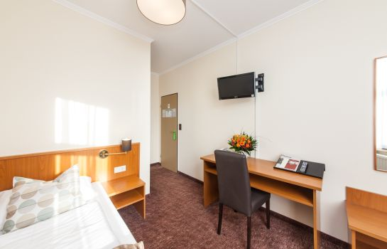 Single room (standard) Novum Hansahof