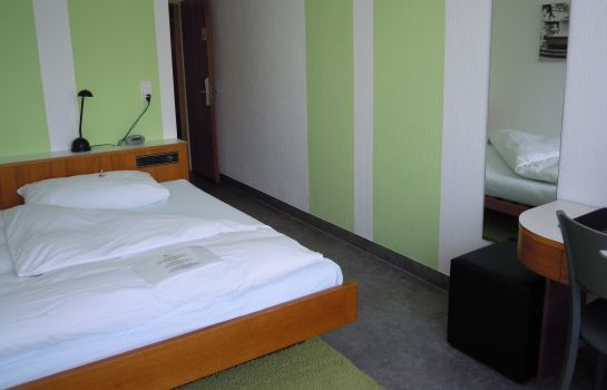 Single room (standard) Kronenhof Hotel