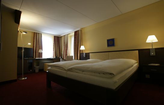 Double room (standard) Hotel Ochsen & Lodge