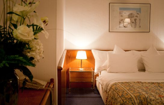 Single room (standard) Sagitta Swiss Quality Geneva Hotel
