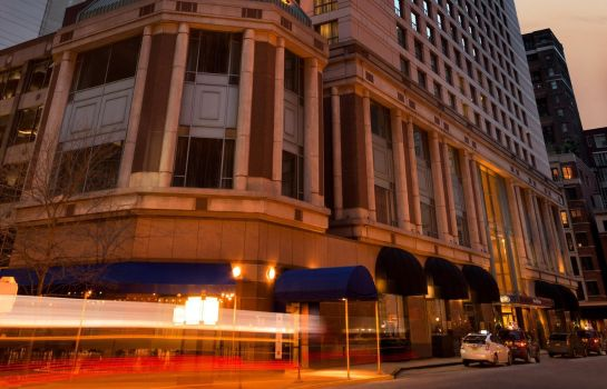 Buitenaanzicht Hilton Chicago-Magnificent Mile Suites