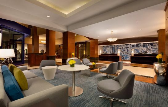 Lobby Hilton Chicago-Magnificent Mile Suites