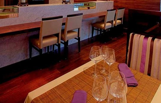 Ristorante Hilton Chicago-Magnificent Mile Suites