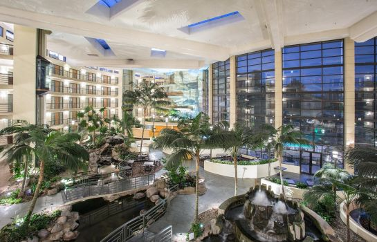 Hotelhalle Embassy Suites by Hilton Phoenix Biltmore