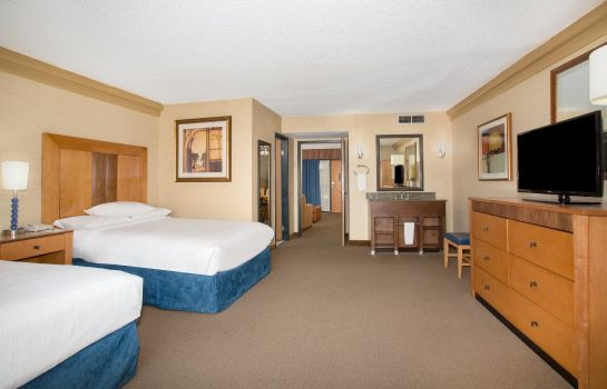 Suite Embassy Suites by Hilton Phoenix Biltmore