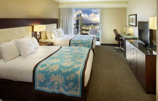 Camera DoubleTree by Hilton Alana - Waikiki Be